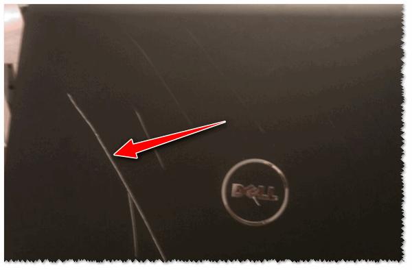Глубокая царапина на корпусе ноутбука Dell
