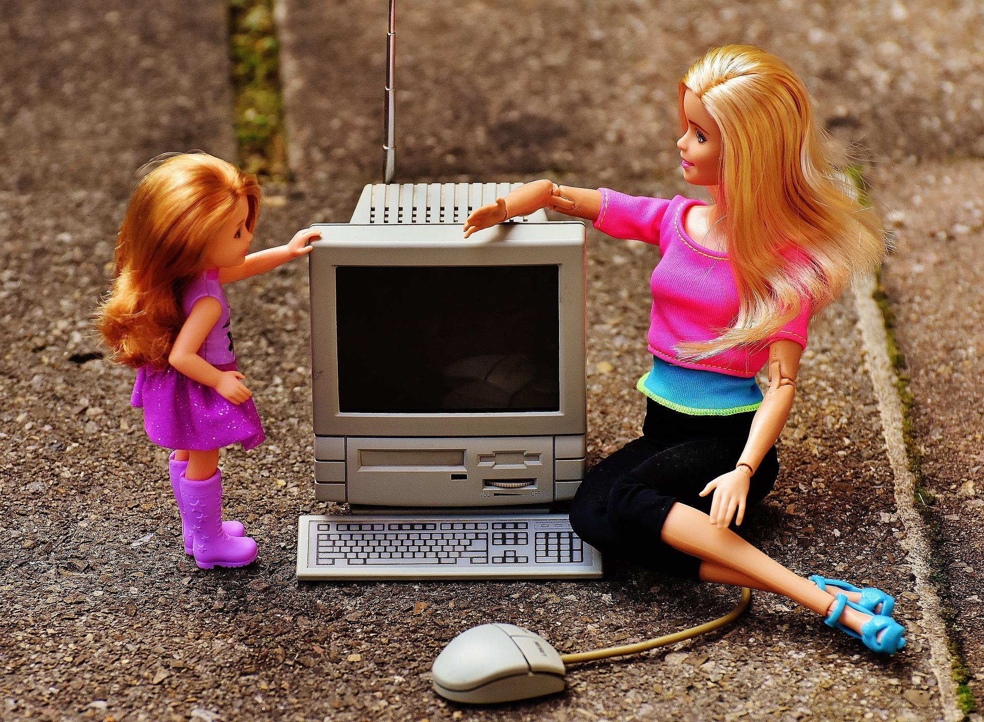 Барби и компьютер